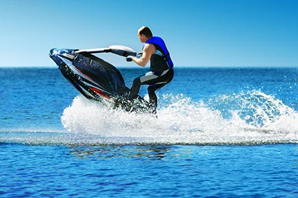 Many people like to do tricks on jet skis, however, these tricks often lead to injuries and boating accidents. Call a Pine Bluff boat accident attorney today to discuss your options.