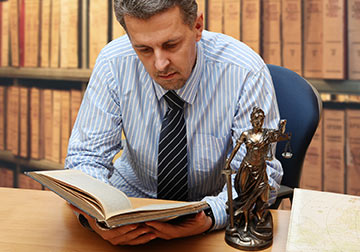 Almost every Pine Bluff Personal Injury case requires the use of a Pine Bluff Expert Witness. Contact a Pine Bluff Personal Injury Lawyer today to help you find the right Pine Bluff Medical Expert Witness or other expert witness.